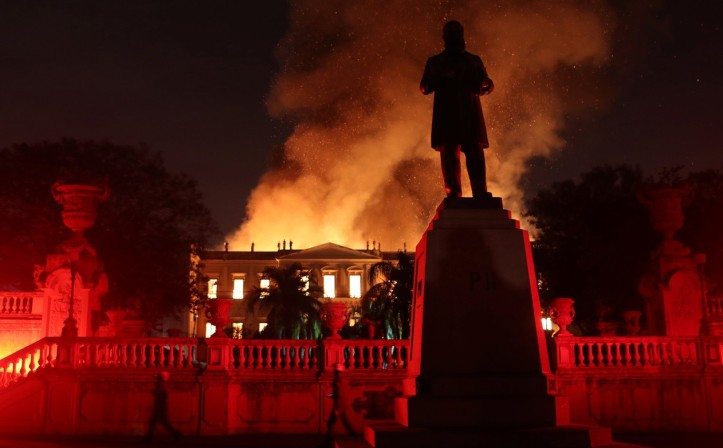incendio museu 2.jpg